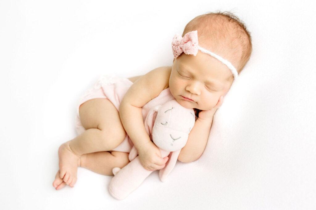 Novorojencica T - Luanina pravljica - fotografiranje novorojenckov, malckov, nosecnisko fotografiranje, cake smash fotografiranje 012