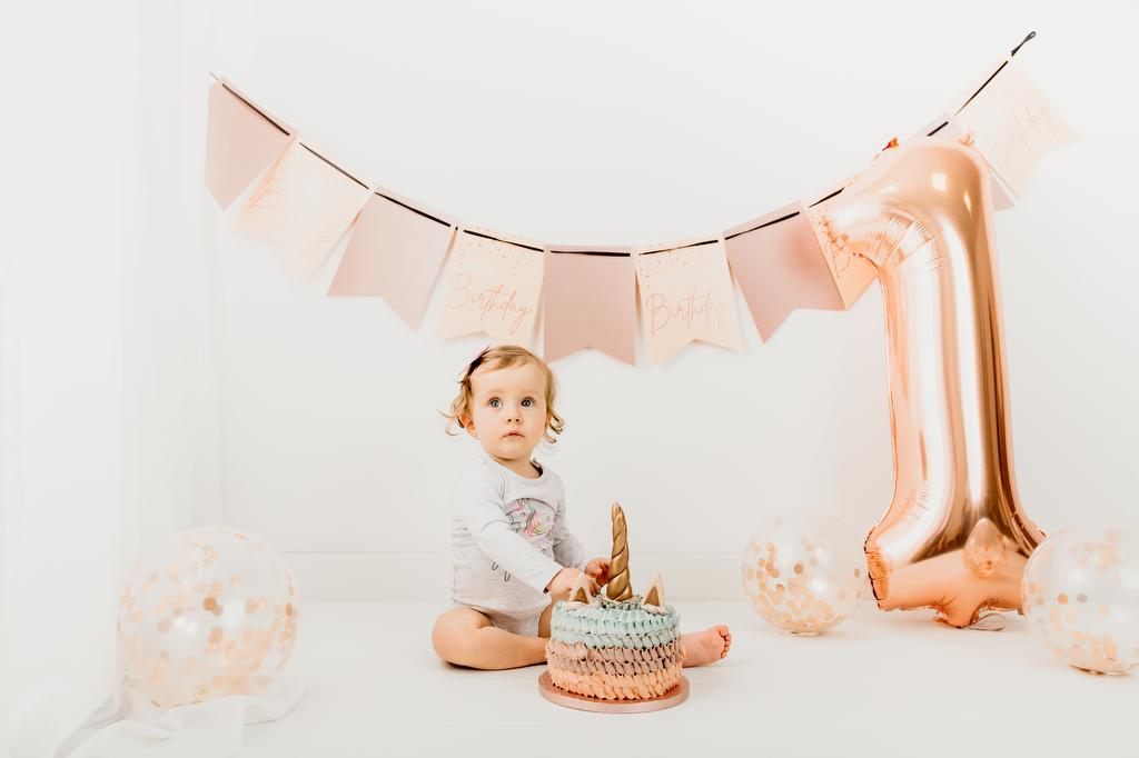 Cake smash V - Luanina pravljica - fotografiranje novorojenckov, nosecnisko fotografiranje, cake smash fotografiranje, druzinsko fotografiranje-008