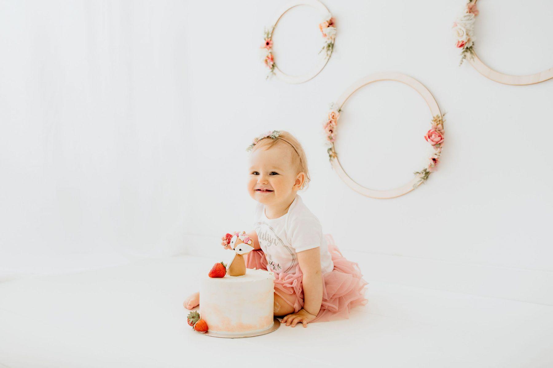Cake smash J - Luanina pravljica - fotografiranje nosečnic, novorojenckov, druzinic, nosecniska fotografija 0012